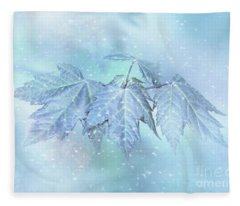 Snowy Baby Leaves Fleece Blanket