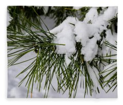 Snowy Branch Fleece Blanket