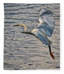 Snowy Egret Landing Fleece Blanket