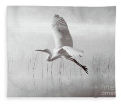Snowy Egret Morning Bw Fleece Blanket