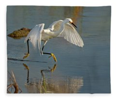 Snowy Egret On The Move Fleece Blanket