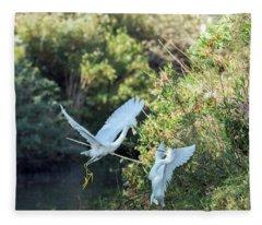 Snowy Egrets Dispute 9271-120317-1cr Fleece Blanket