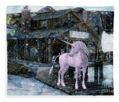 Snowy Unicorn Fleece Blanket