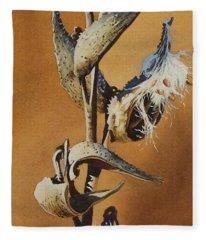Song Sparrow And Milkweed Fleece Blanket