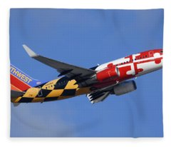 Southwest Airlines Boeing 737-7h4 N214wn Maryland One Phoenix Sky Harbor December 23 2010 Fleece Blanket
