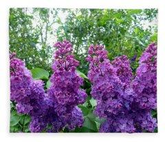 Splendid Lilacs Fleece Blanket