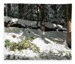 The Splendour Of Snow Fleece Blanket
