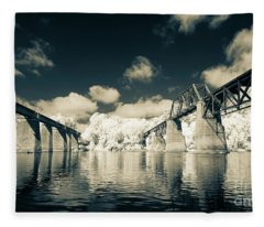 Congaree Trestles Cayce, Sc Fleece Blanket
