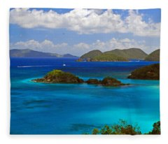 St. John's Usvi Fleece Blanket