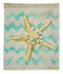 Starfish In Modern Waves Fleece Blanket