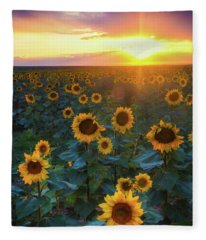 Staring Into The Sun Fleece Blanket