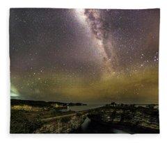 stary night in Broken beach Fleece Blanket