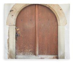 Strasbourg Door Ag 1663 Fleece Blanket