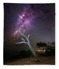 Striking Milkyway Over A Lone Tree Fleece Blanket