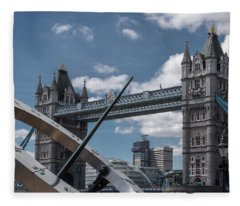 Sun Clock With Tower Bridge Fleece Blanket