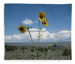 Sunflowers On The Gorge Fleece Blanket