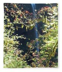 Sunlite Silver Falls Fleece Blanket