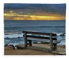 Sunrays On The Horizon Fleece Blanket