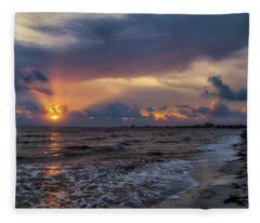 Sunrays Over The Gulf Of Mexico Fleece Blanket