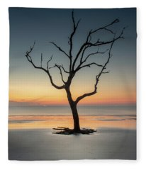 Sunrise And A Driftwood Tree Fleece Blanket