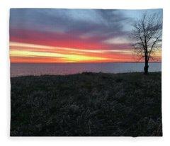 Sunrise At Lake Sakakawea Fleece Blanket