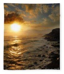 Sunrise By The Rocks Fleece Blanket