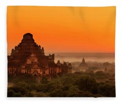 Sunrise View Of Dhammayangyi Temple Fleece Blanket