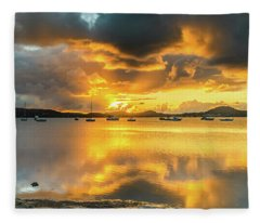 Sunrise Waterscape With Reflections Fleece Blanket
