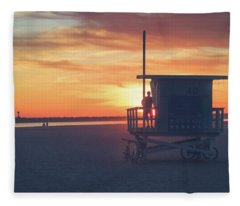 Sunset At Toes Beach Fleece Blanket