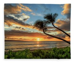 Sunset In Kaanapali Fleece Blanket
