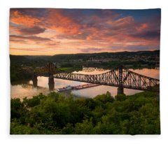 Sunset On Ohio River  Fleece Blanket
