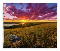 Sunset Over Lake Oahe Fleece Blanket
