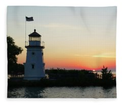 Sunset Over The Straits Fleece Blanket