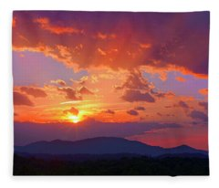 Sunset Rays At Smith Mountain Lake Fleece Blanket