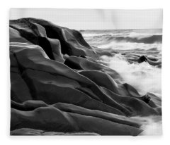 Superior Edge        Fleece Blanket