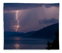 Superior Lightning     Fleece Blanket