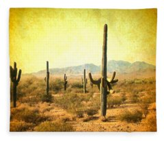 Table Moumtain Vintage Western Fleece Blanket