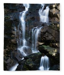 Tarcento's Cascade 3 Fleece Blanket