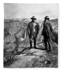 Teddy Roosevelt And John Muir - Glacier Point Yosemite Valley - 1903 Fleece Blanket