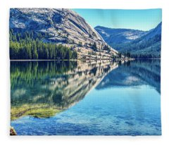 Tenaya Calm Fleece Blanket