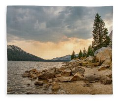 Tenaya Lake - Yosemite Fleece Blanket