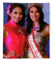 Teresa Hoang And Miss Asian America 2016 Jessica Lim Fleece Blanket