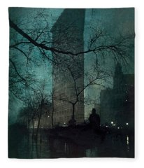 The Flatiron Building Fleece Blanket