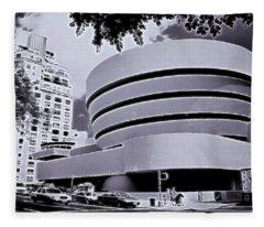 The Guggenheim Black And White Fleece Blanket