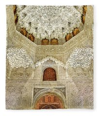 The Hall Of The Arabian Nights 2 Fleece Blanket