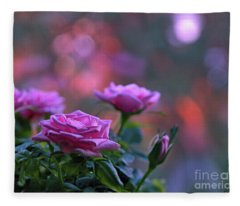 The Roses Fleece Blanket