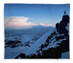 The Sunset Wave Fleece Blanket
