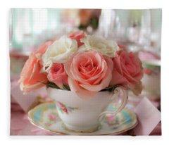 Teacup Roses Fleece Blanket