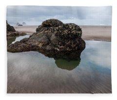 Tolovana Beach At Low Tide Fleece Blanket