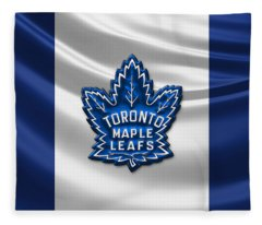 Toronto Maple Leafs - 3d Badge Over Flag Fleece Blanket